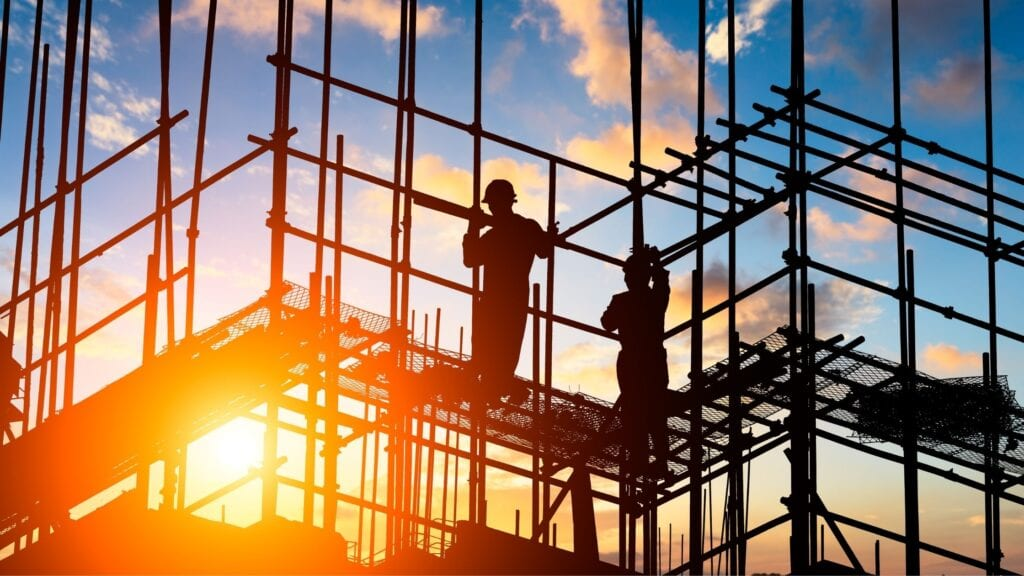 5 Ways To Reduce Fall Risks At Your Commercial Construction Site