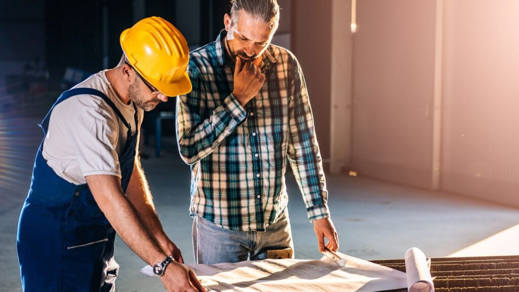 Managing Fall Risks On A Commercial Construction Job Site