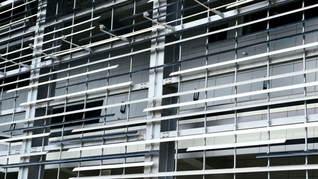The Pros And Cons Of Metal Stud Framing In Complex Construction